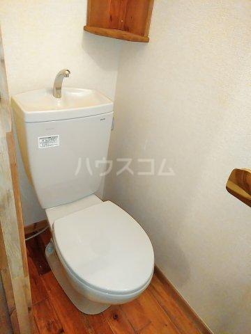 セザンヌ小坂井 202号室のトイレ