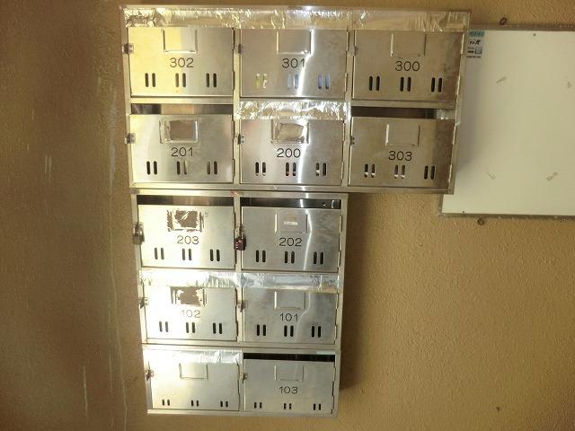 ヴィレッジ杉田B 206号室のエントランス