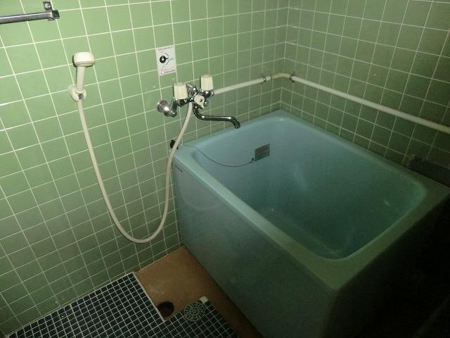 ヴィレッジ杉田B 206号室の風呂