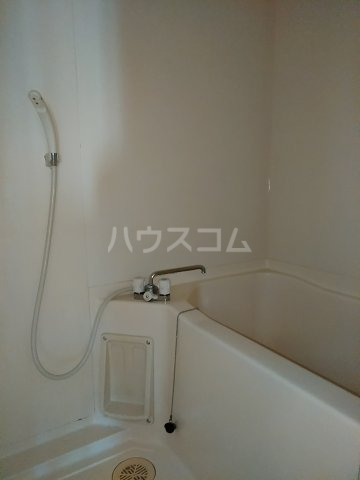 ヴィレッジ杉田C 511号室の風呂