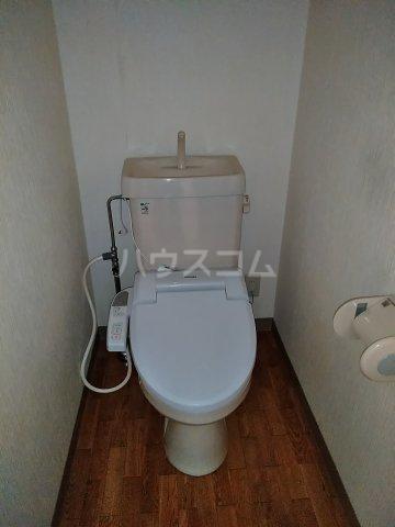 ヴィレッジ杉田C 511号室のトイレ