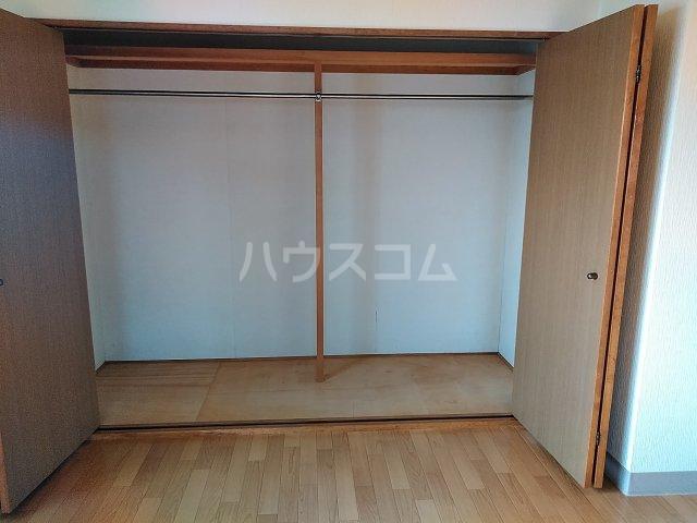 ヴィレッジ杉田C 511号室の収納
