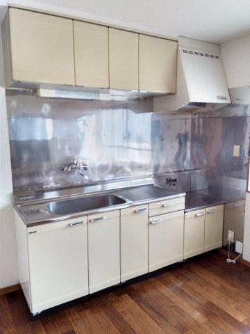 マロン・ドゥムール 302号室のキッチン