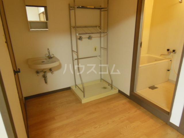 太和マンション 507号室の洗面所