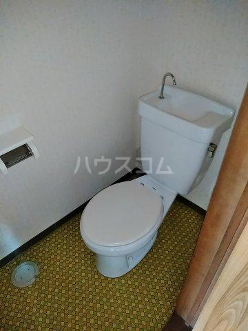 ハイツ明和 A 102号室のトイレ