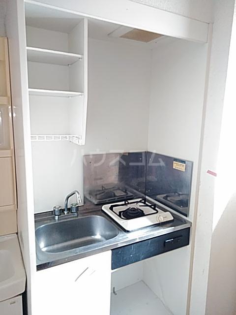 ベノワコート B棟 106号室のキッチン