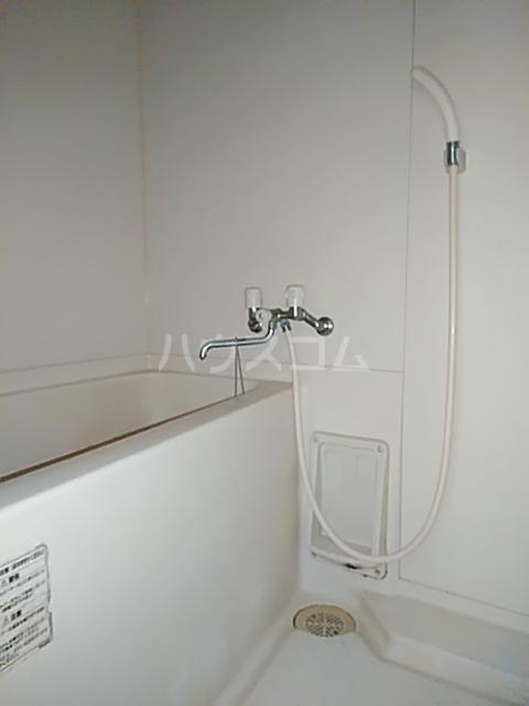 ベノワコート B棟 106号室の風呂
