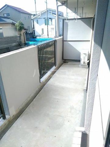 フィオーレ田中 101号室のバルコニー