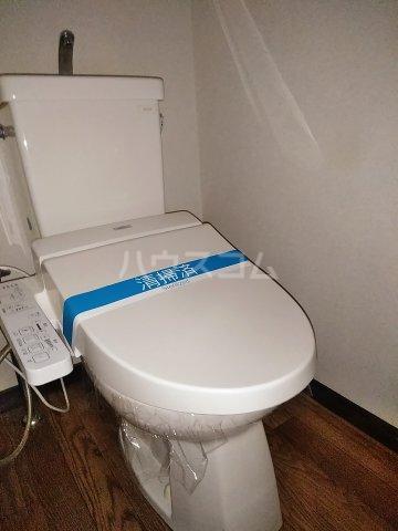 フィオーレ田中 101号室のトイレ