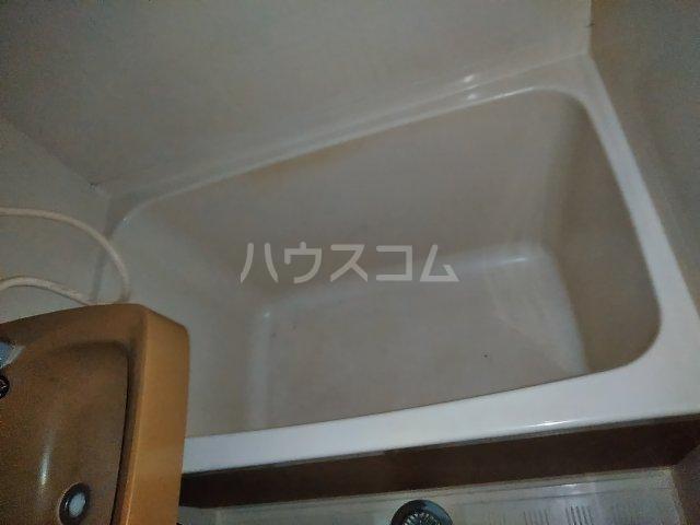 ライフタウン山口 101号室の風呂