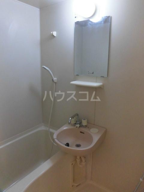 INSPIRATIONS 201号室の風呂