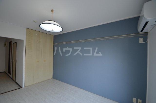 サンライフ日吉 101号室の居室