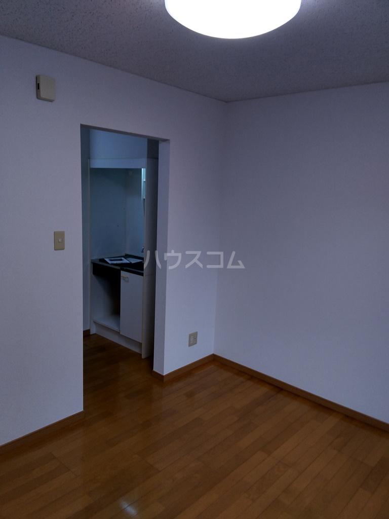 フィールドM 201号室のベッドルーム