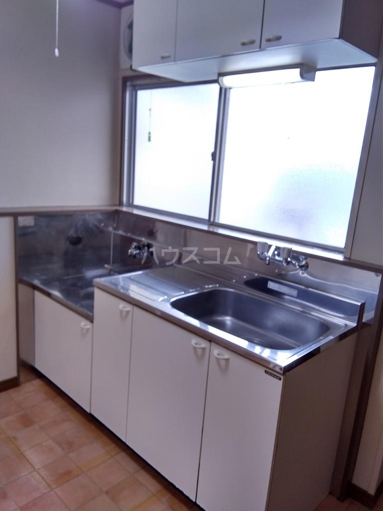 塩田ハイツG 203号室のキッチン