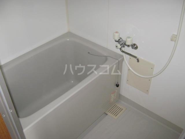 パラシオン 108号室の風呂