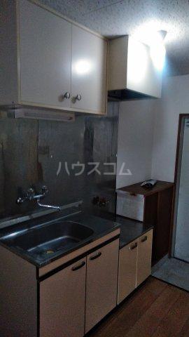 マンション鈴一 202号室のキッチン