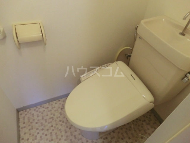 セジュールASA B棟 201号室のトイレ