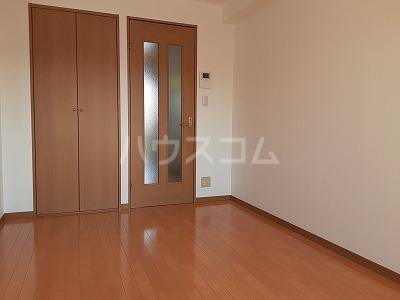 クレア 201号室のベッドルーム