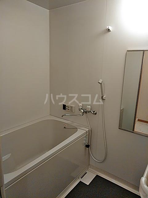 アールズコート 206号室の風呂
