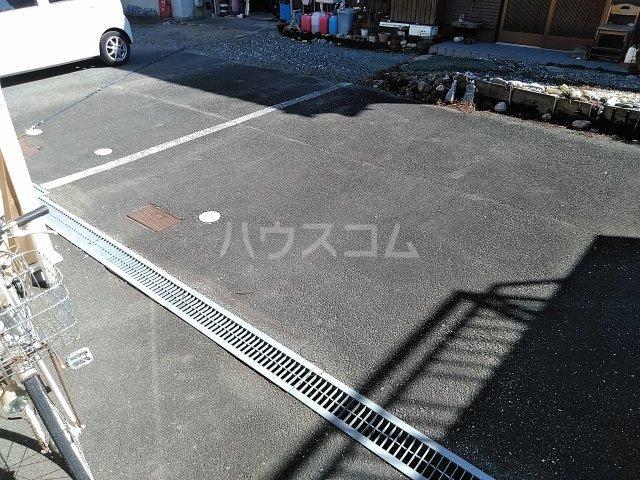 Luce Ueno 101号室の駐車場