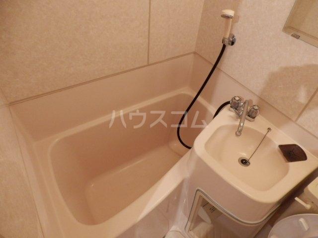 ハイツグリーンゲーブルスⅠ 102号室の風呂