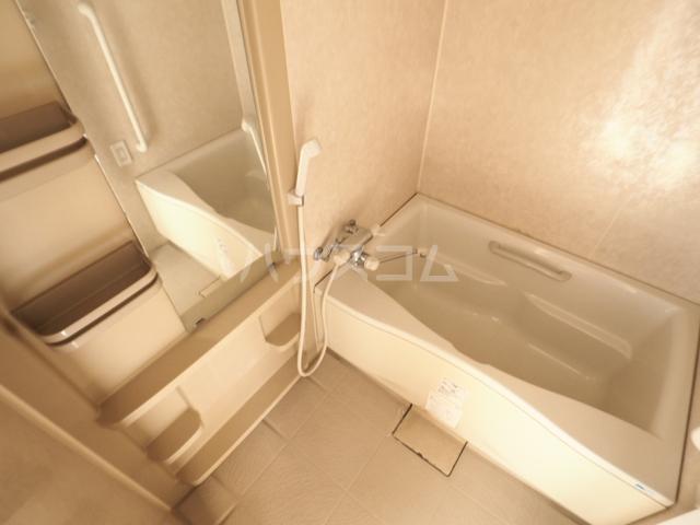 R-Court泉 805号室の風呂