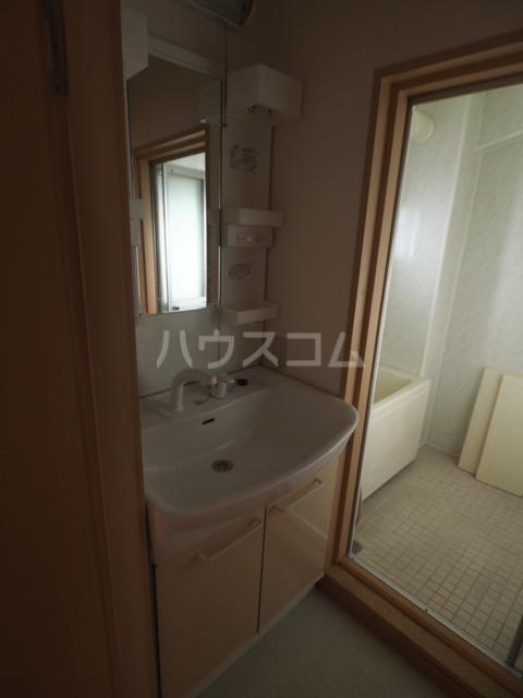 双栄ビル 306号室の洗面所