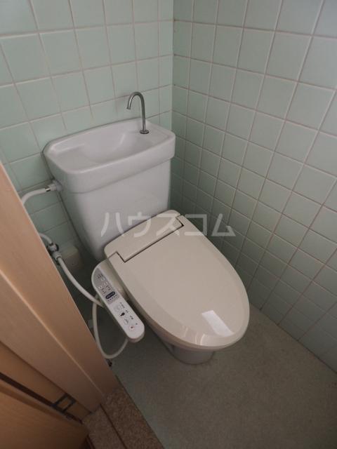 双栄ビル 306号室のトイレ