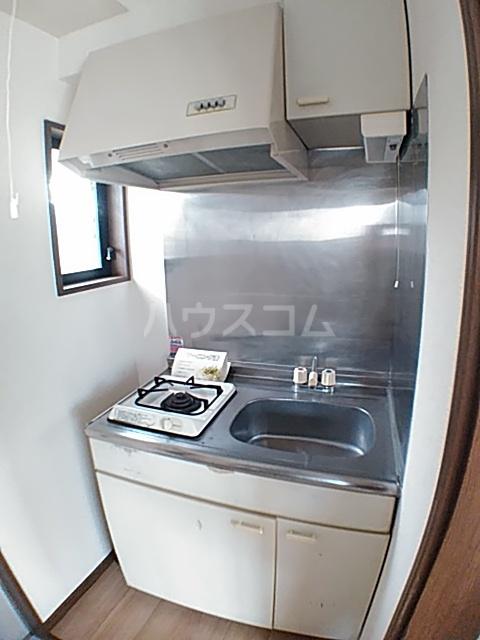 アクアコートⅡ 206号室のキッチン