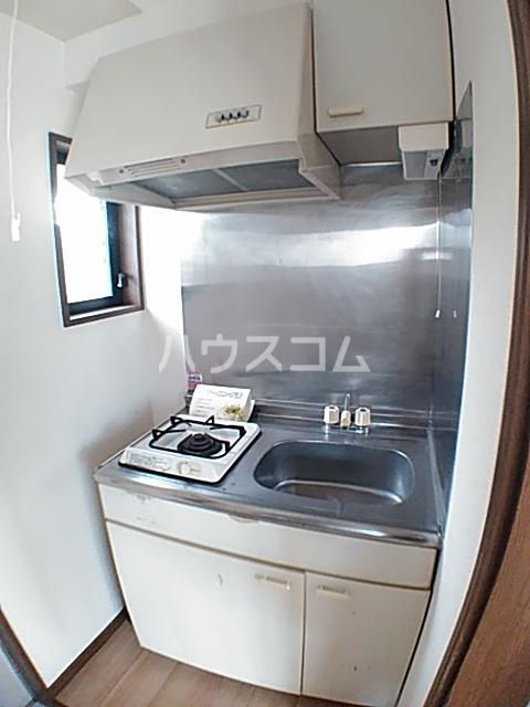 アクアコートⅡ 208号室のキッチン