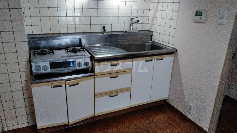 ベルダ調布 302号室のキッチン