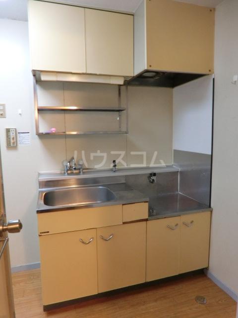 メゾンミズノ 302号室のキッチン