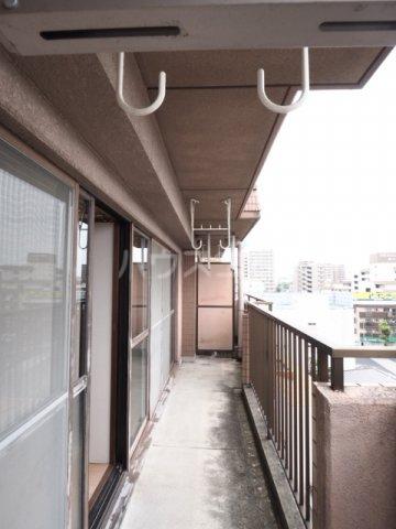 メゾンド徳川苑 702号室のバルコニー