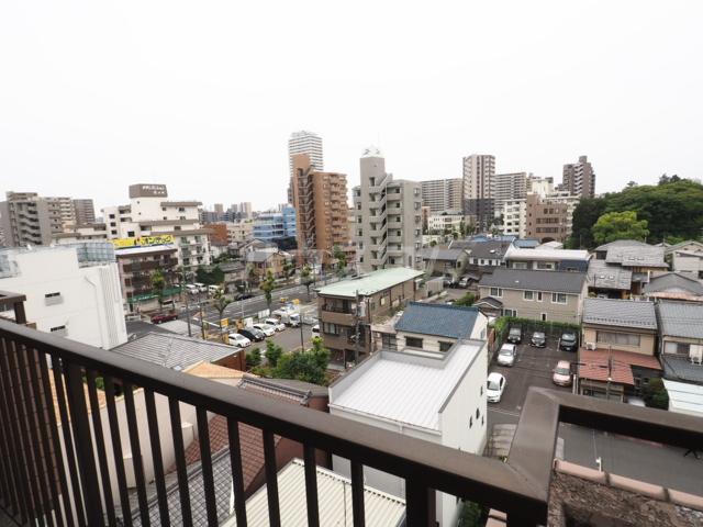 メゾンド徳川苑 702号室の景色