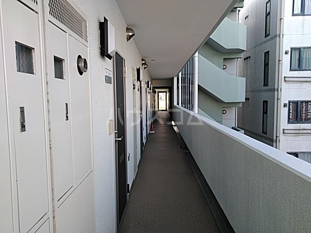 トーコービル 401号室のバルコニー