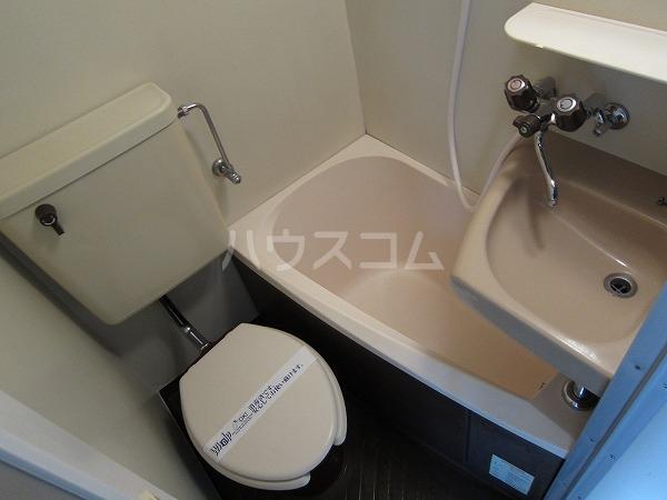 ハイム国領 201号室の風呂
