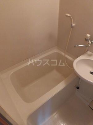 ハイムササキ 102号室の風呂