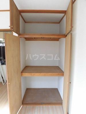 ハイムササキ 102号室の収納