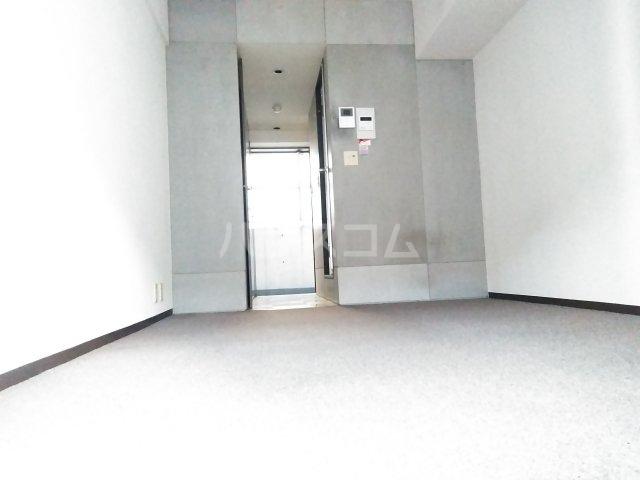 メインステージ多摩川駅前 408号室の玄関