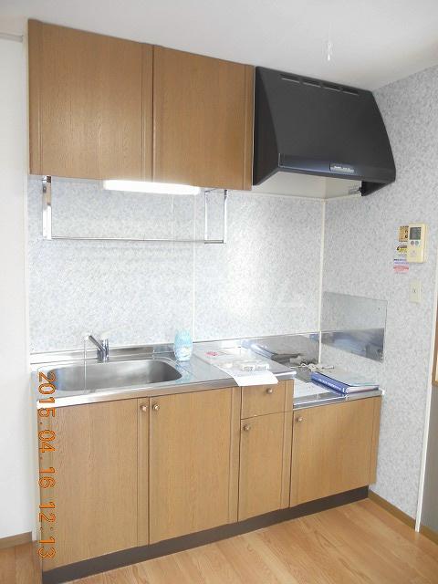 サンハイムA 202号室のリビング