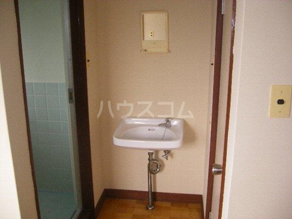 井上ハイツ 103号室の居室