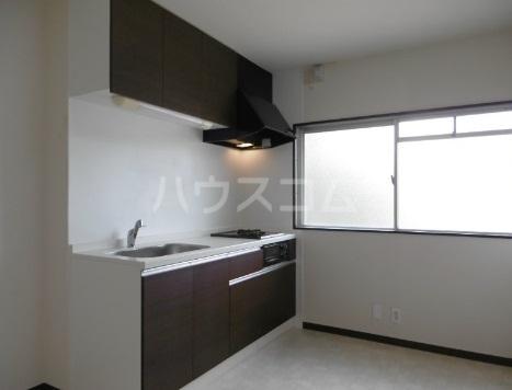 エタニティーⅡ 301号室のキッチン