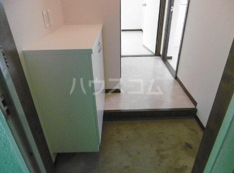 エタニティーⅡ 301号室の玄関