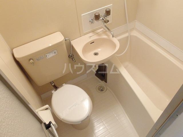 プラリネットハイツ 103号室の風呂