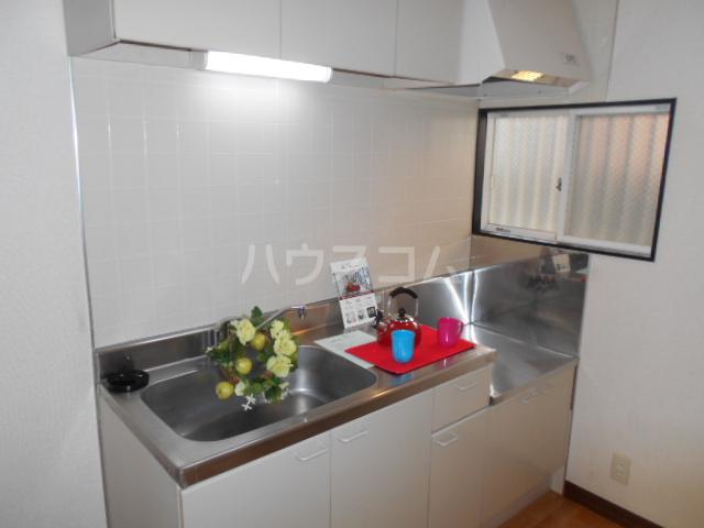 サニーテラス 101号室のキッチン