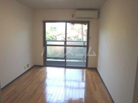 ガーデンハイツ橋本 105号室の居室