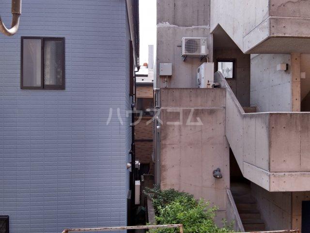 メゾン・ド・タンブール 0208号室の景色