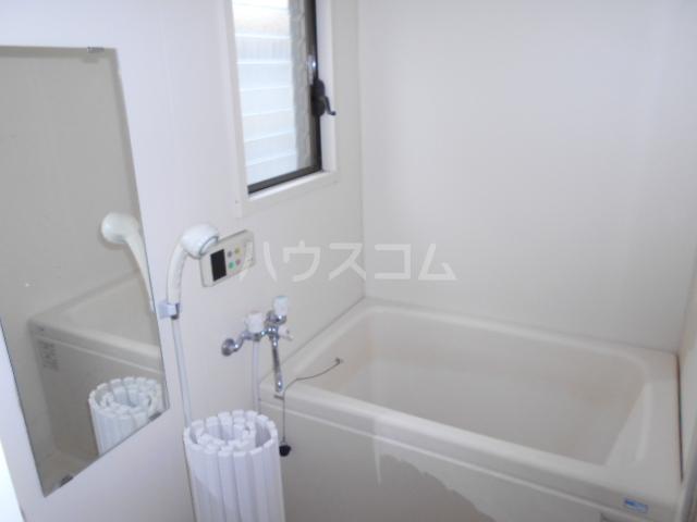 鈴木貸家の風呂
