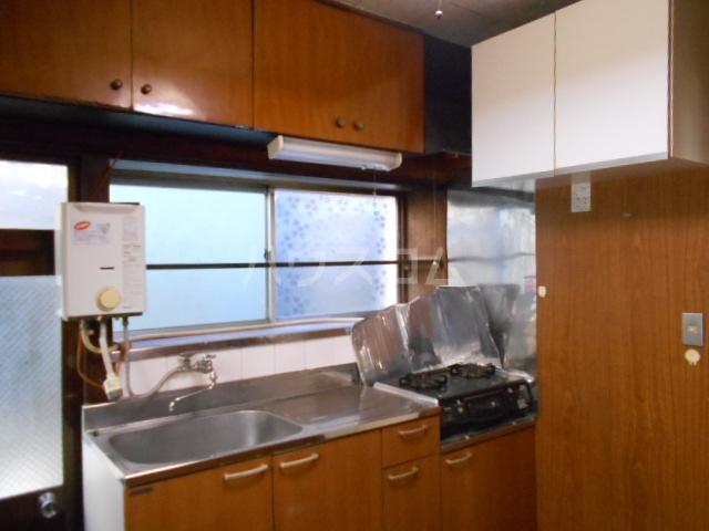 老川貸家のキッチン