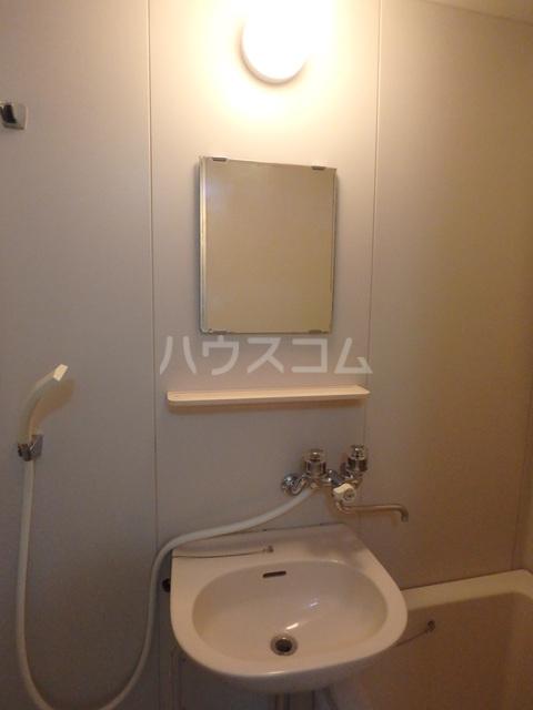 朔ハイツ 402号室の洗面所
